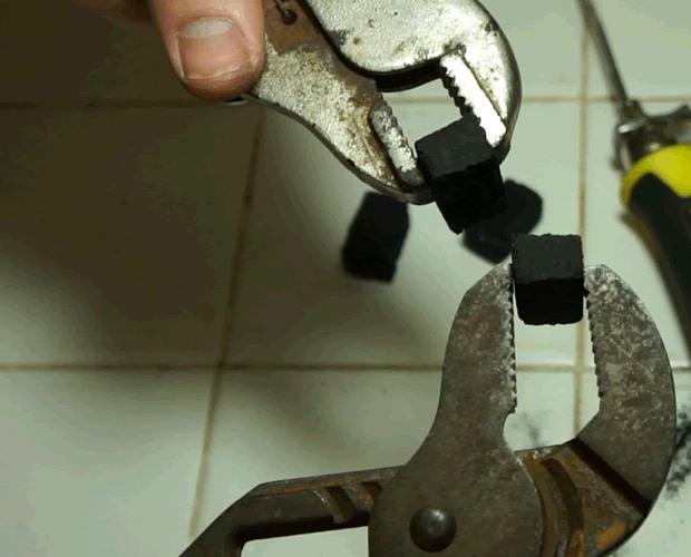 Split Hookah Coal